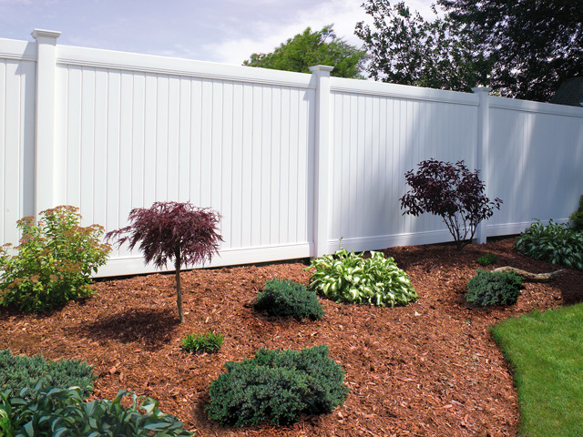 Southway fence company commercial vinyl fencing